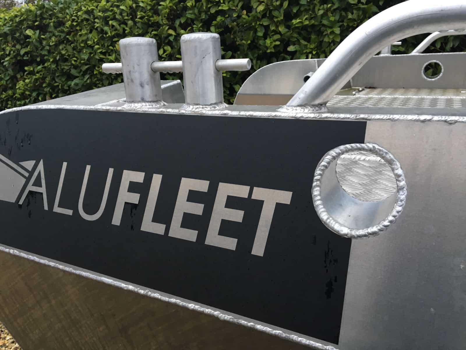 Alufleet logo op boot